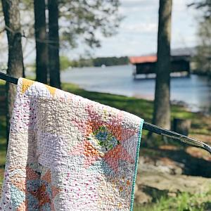 Little Miss Sawtooth Crib Quilt for babies, Choose your own colors